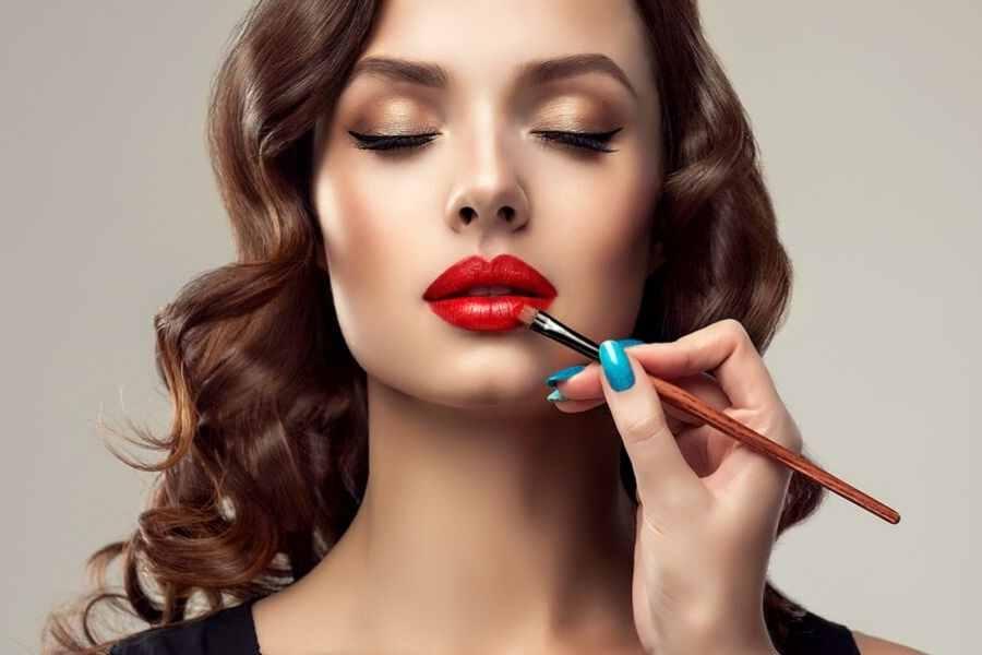 Turning into A Fashion Beautician – Degrees, Electives And Aptitudes