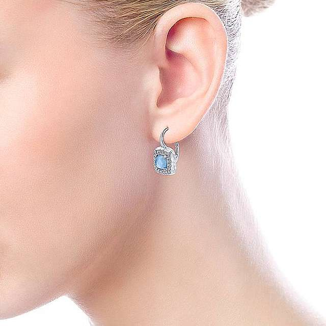 What its best to get drop earrings online?